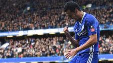 Pedro celebra su gol.