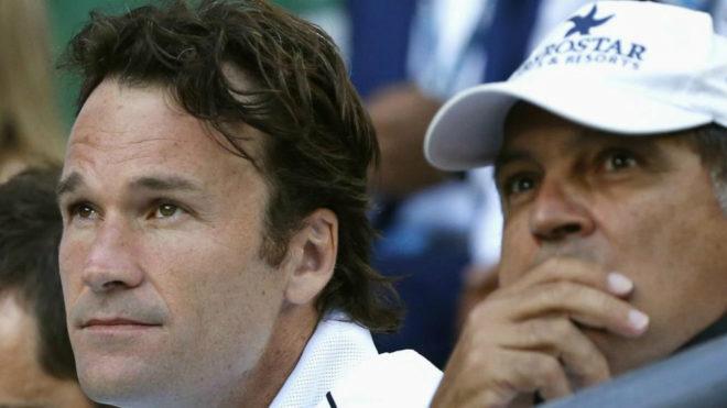 Moyá, junto a Toni Nadal en el palco de Rafael Nadal