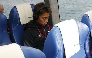 Kiyotake, durante el viaje a Formentera con el Sevilla.