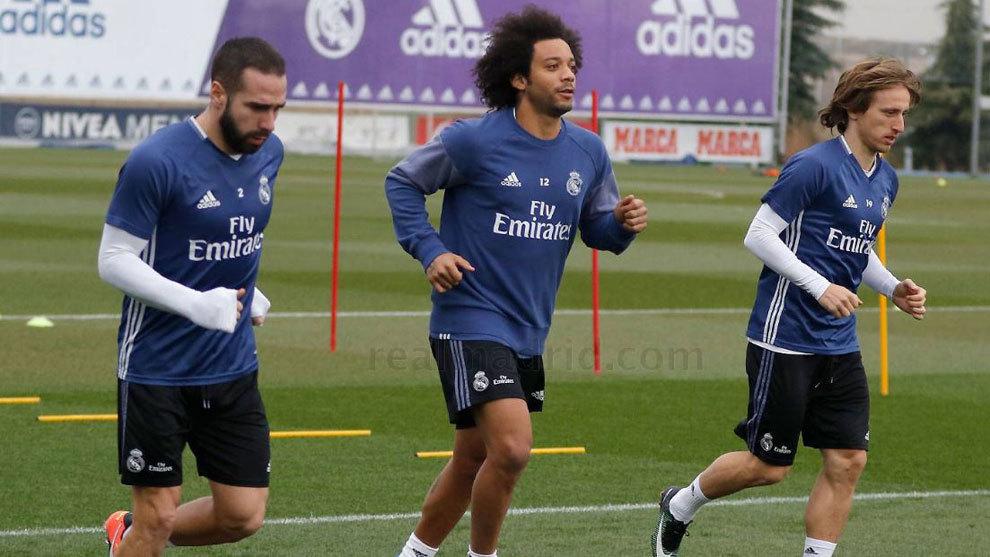Carvajal, Marcelo y Modric corren aparte del grupo