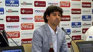Emilio Vega, en una rueda de prensa en Córdoba