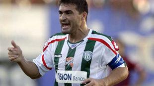 Acuña, con la camiseta de Rubio Ñú.