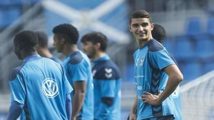 Rachid durante su primer entrenamiento con el Tenerife en el...