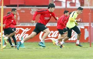 Jorge Meré en un entrenamiento del Sporting.