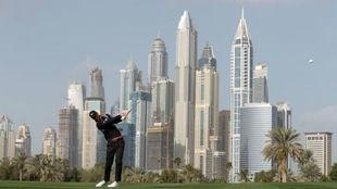 Chris Wood, durante la segunda jornada del Dubái Desert Classic.