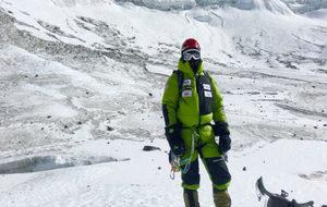 Txikon, en el Everest.
