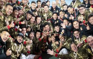 El Guangzhou Evergrande celebrando el título.