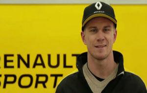 Hulkenberg posando con los colores de su nuevo equipo