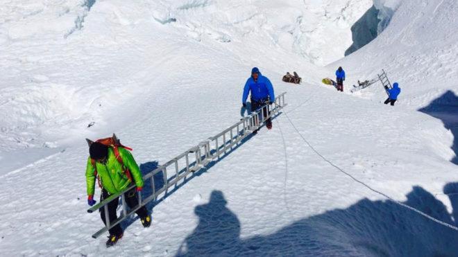 Alex Txikon en el Everest.