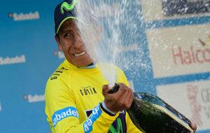 Nairo Quintana celebra la Volta a la Comunidad Valenciana.