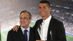 Cristiano posa con Florentino P�rez