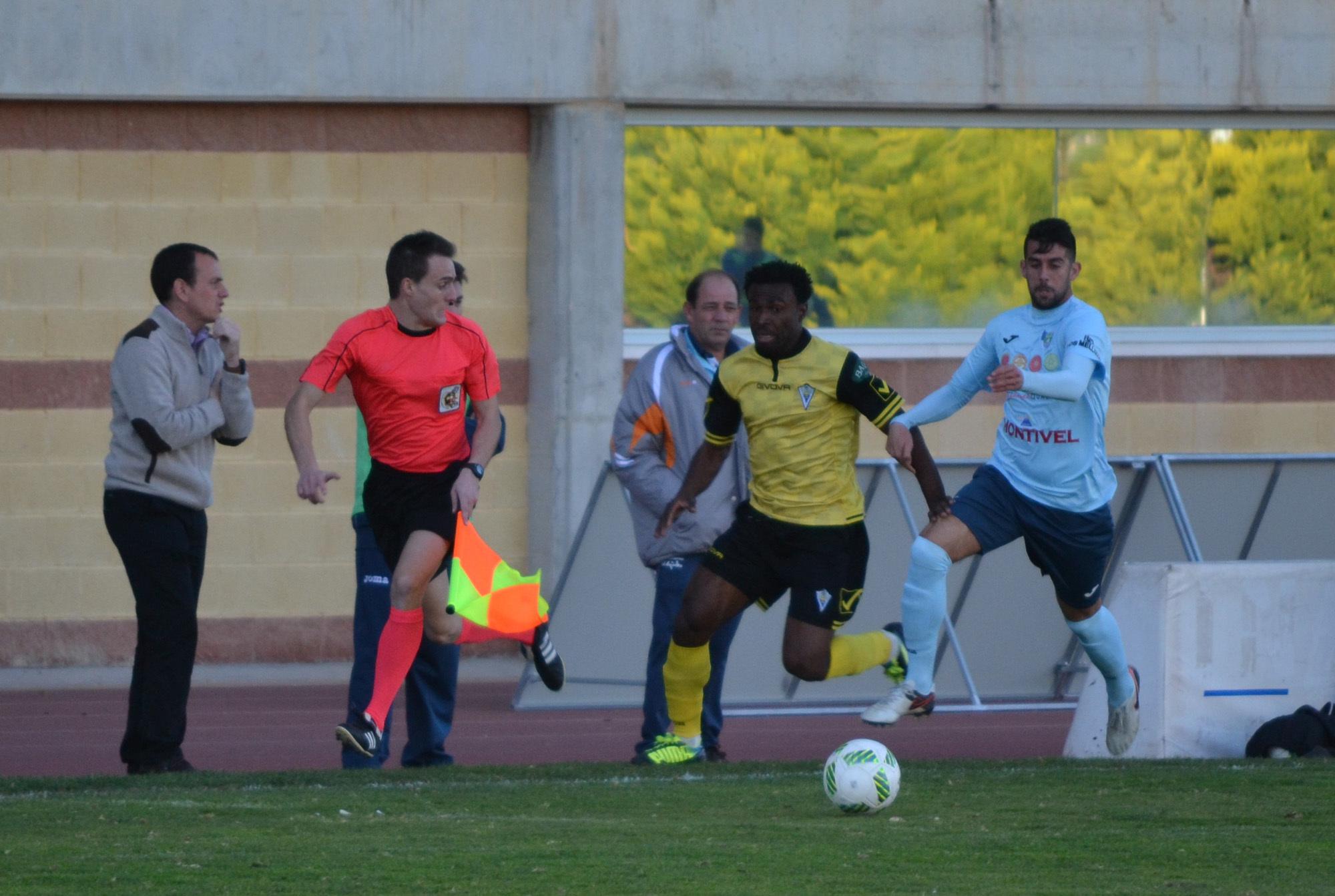 El Cartagena empata en La Roda tras acabar con nueve jugadores ... 78f66c5949e10