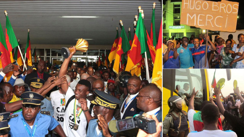 Los futbolistas de Camerún fueron recibidos como héroes en Yaounde.