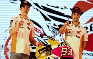 Marc Márquez y Dani Pedrosa en la presentación del equipo Honda