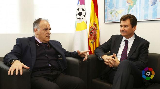 Javier Tebas, con el embajador de Ucrania en España