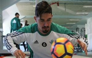 Felipe Guti�rrez, entren�ndose en el gimnasio