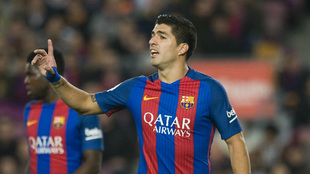 Suárez, en desacuerdo con la expulsión que vio en el...