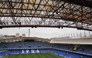 Imagen de la cubierta del estadio de Riazor.