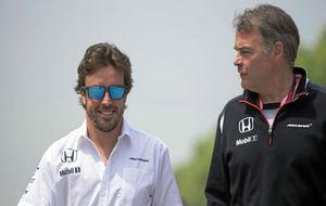 Fernando Alonso y Dave Redding, en el pasado GP de China.