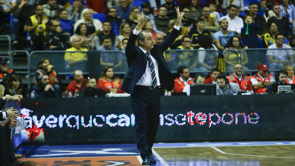 Vidorreta durante un partido con el Iberostar Tenerife