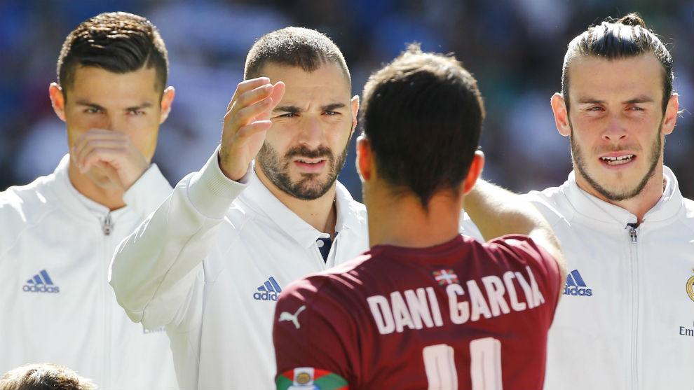 Cristiano, Benzema y Bale, antes de un partido en el Bernabéu.