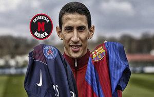 El jugador argentino, con las camisetas del PSG y Barça