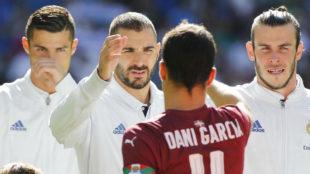 Cristiano, Benzema y Bale, antes de un partido en el Bernab�u.