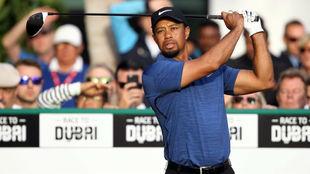 Tiger Woods, durante la primera jornada del Dubai Desert Classic.