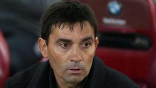 El técnico del Leganés durante un partido.