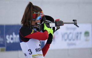 La biatleta española Victoria Padial en plena competición.