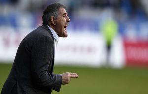 Paco Herrera, durante un encuentro de esta temporada.