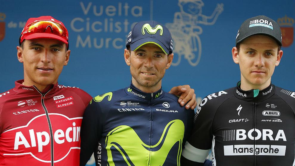 Valverede, rodeado del colombiano Restrepo, segundo, y el austriaco...