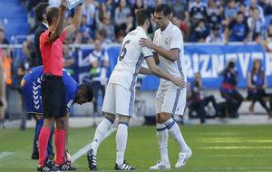 Nacho entra por Pepe en el partido ante el Alavés
