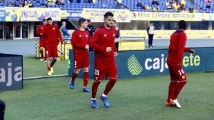 Vitolo, en el momento de salir a calentar al estadio Gran Canaria