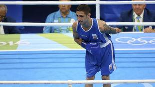 Samuel Carmona, antes de su combate ante Yuberjen Mart�nez en R�o...