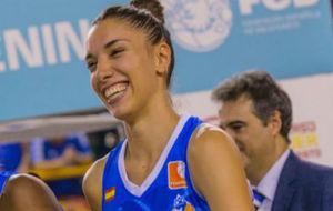 Laura Quevedo, jugadora de Perfumerías Avenida, equipo campeón de la...