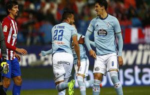 Cabral celebra su gol en el Calderón.