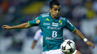 Maxi Moralez durante un partido de Copa MX.