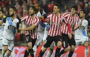 Yeray, Aduriz y San José, durante el partido frente al Deportivo en...