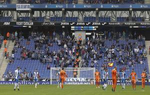 Imagen de la grada del RCDE Stadium, en el encuentro de esta temporada...