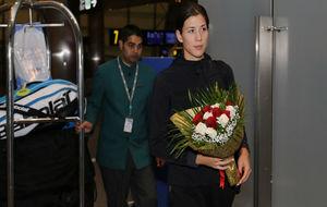 Garbiñe, a su llegada ayer a Doha