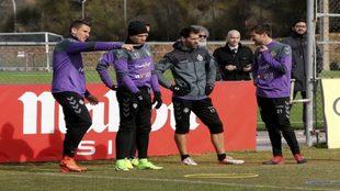 Los jugadores del Valladolid durante un entrenamiento