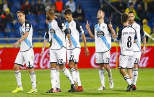 Varios jugadores del Deportivo celebran un gol esta temporada.