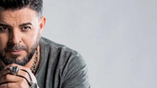 Luis Enrique, cantante