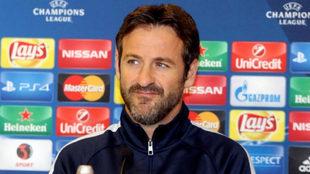 El entrenador del APOEL, Thomas Christiansen, en rueda de prensa