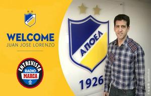 Juanjo Lorenzo en su presentación con el APOEL