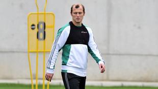Zozulya, durante un entrenamiento con el Betis.