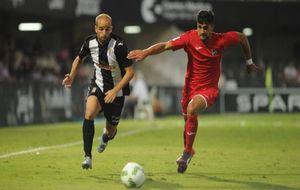 Instantánea del encuentro de ida entre Cartagena y Lorca FC.
