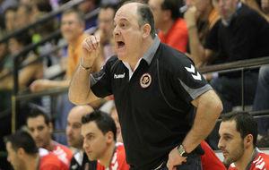 Zupo Equisoain, durante su etapa como entrenador del BM Conquense.