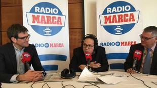 Francisco Roca y Gorka Urtaran junto a Vicente Ortega